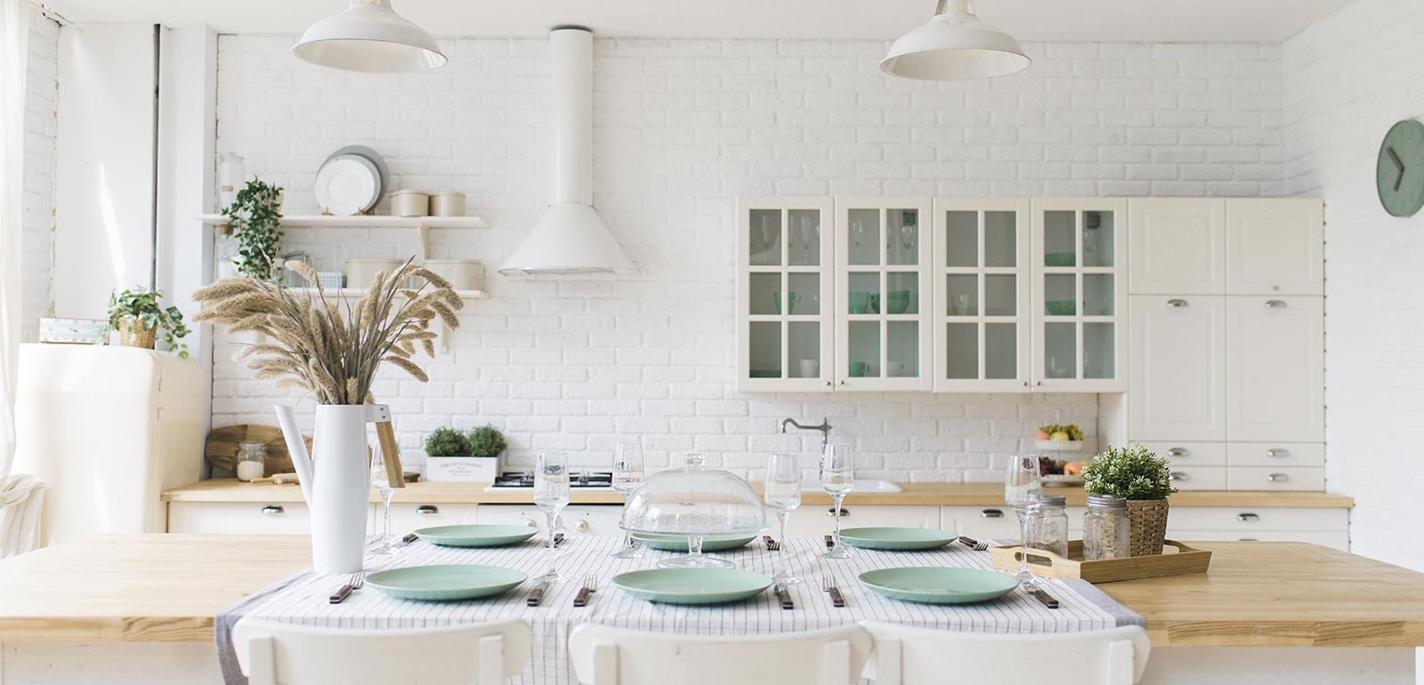 White-Bright-Kitchen